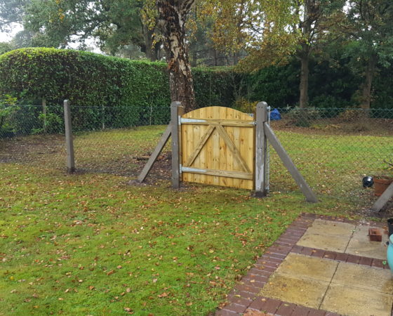 4ft Chainlink Fencing with concrete posts