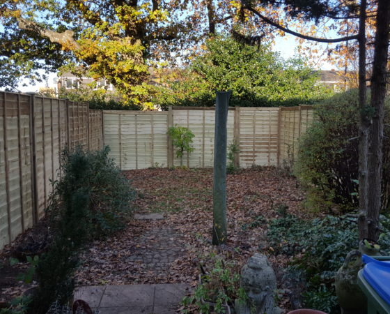 All around lap panel fencing