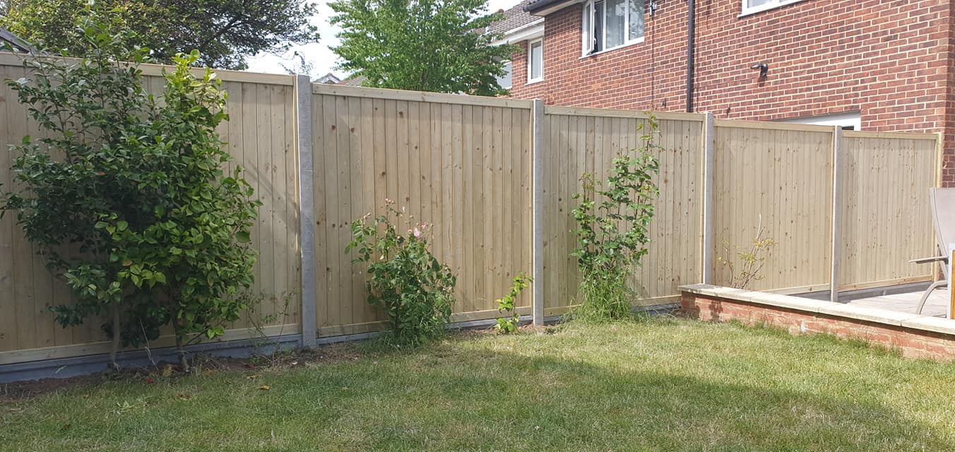 6ft Tongue and groove panels on concrete slotted posts and 6″ concrete gravelboard